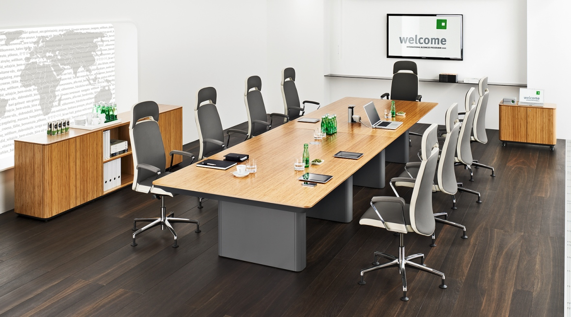 Belive Swivel Conference Chair, Room Shot 1